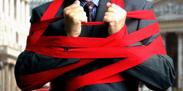 Ten Things That I Hate About Brazil - Red Tape: There is a lot of it.